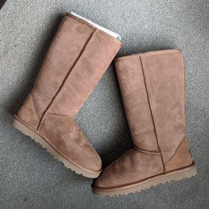 UGG Classic Tall, chestnut, US 6, new condition
